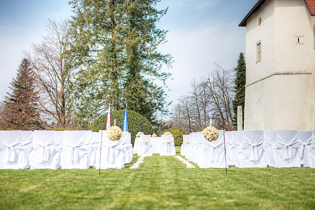 Poroka na Gradu Strmol