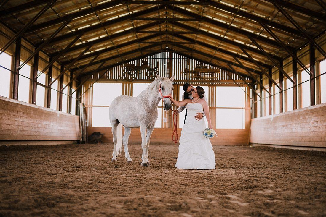 Poroka na rancu